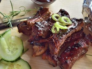 "Spareribs ""sweet & juicy"" (per 3 ribben)"